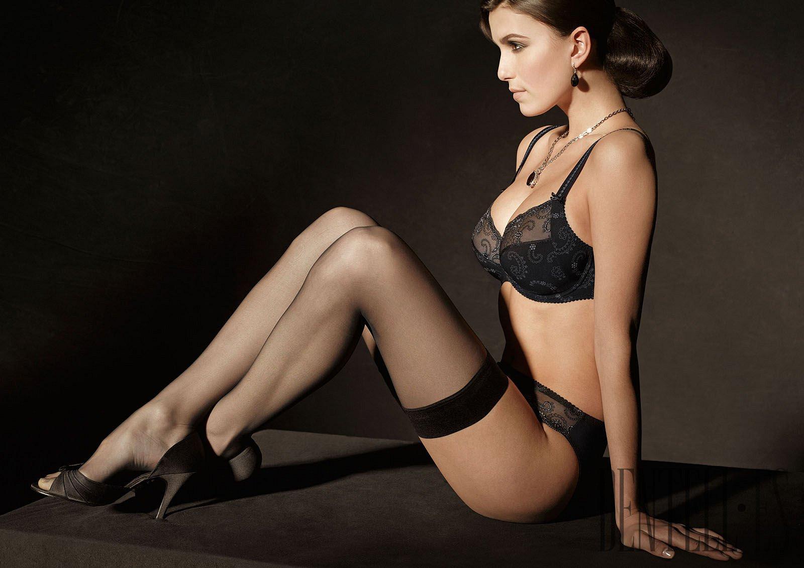 Фотографии девушка в чулках, Болееочень красивых девушек моделей в чулках 4 фотография